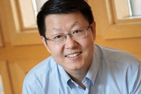 Zhou to pursue novel imaging method with Stein Innovation Award from Research to Prevent Blindness