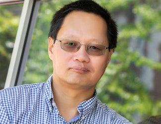 Jianjun Guan